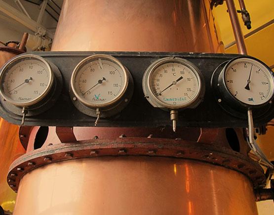 Armagnac-de-Montal-distillery-meters.jpg
