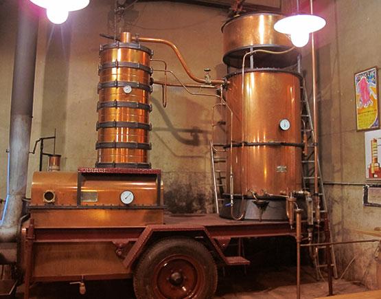 Armagnac-chateau-du-Tariquet-distillery